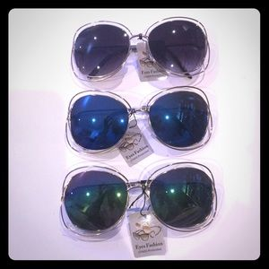 Accessories - Set of 3 gold frames Sunglasses! Black Blue Multi